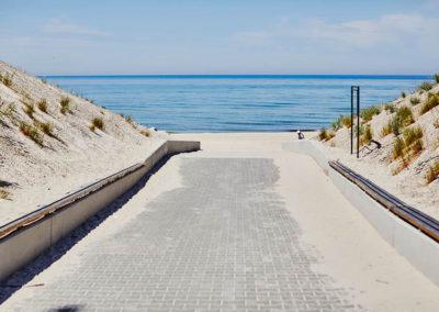 Międzywodzie - plaża przy ośrodku leczenia irehabilitacji Afazji